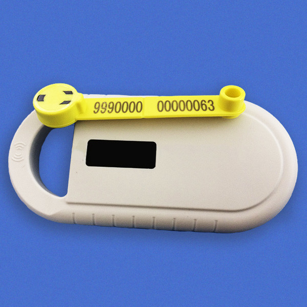 Handle RFID Microchip Scanner For Animals Ear Tags Can Read CE Certificate